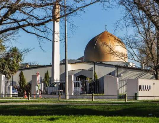 В двух мечетях Новой Зеландии открыли стрельбу - Экономика и общество
