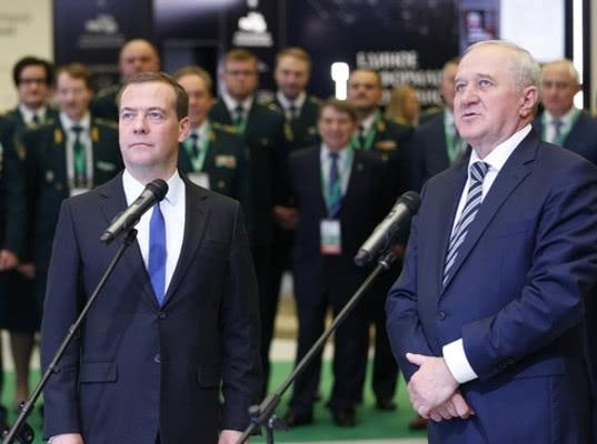 Дмитрий Медведев принял участие в Международном таможенном форуме – 2018 - Обзор прессы