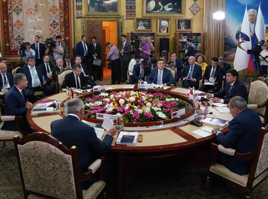 Межправсовет принял решения по цифровизации, промышленной кооперации, торговому сотрудничеству - Новости таможни