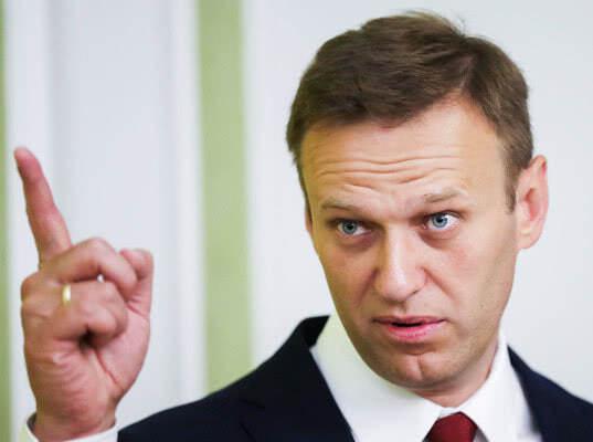 ЕСПЧ признал политически мотивированными задержания и аресты Навального