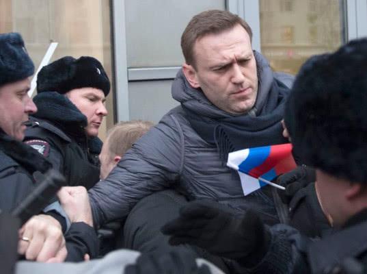 Полиция задержала Алексея Навального после посещения стоматолога