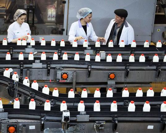 Минпромторг решил поднять ввозные пошлины на все пищевое оборудование - Обзор прессы