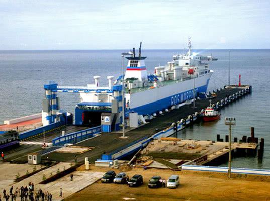 Паром «Балтийск» из Усть-Луги в Калининград возобновил работу