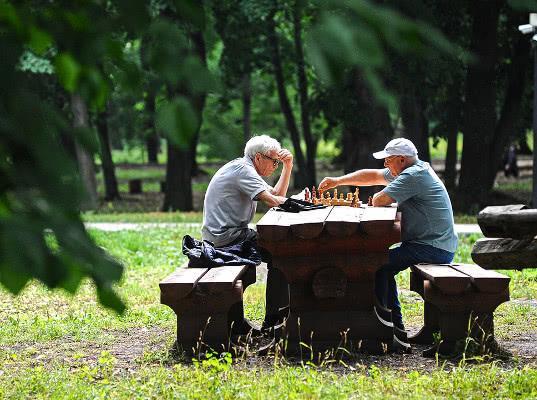 Власти обсудят сохранение льгот в старых границах пенсионного возраста