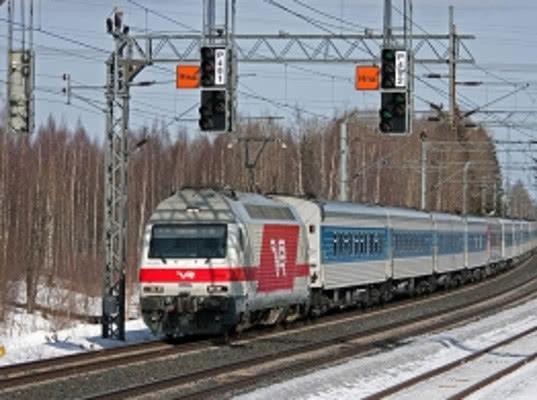 Финские пограничники задержали поезд из Москвы из-за буйного пассажира - Криминал