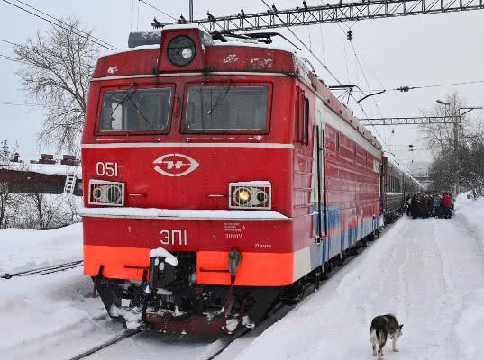 Технические работы на сайте РЖД отменили остановки в Апатитах, Оленегорске и Кандалакше поезда Мурманск-Санкт-Петербург - Логистика