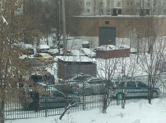 Инцидент с вооруженным школьником в Москве объяснили его проблемами с ЕГЭ - Экономика и общество