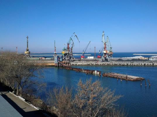 Путин рассказал о планах строительства глубоководного порта в районе Каспийска - Логистика