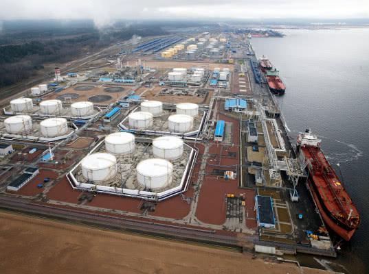 Белоруссия продолжит транзит нефтепродуктов через порты РФ при экономической выгоде - Логистика