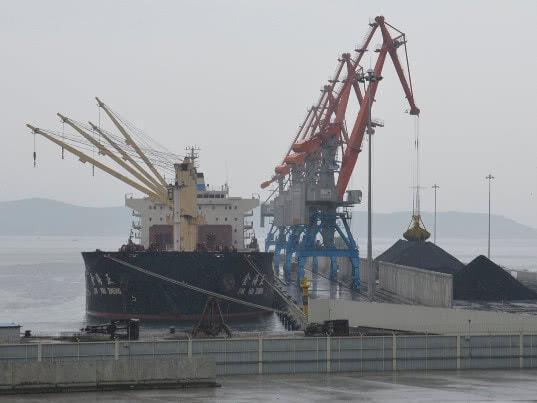 Перевалка угля РФ в порту Раджин в КНДР может возобновиться в 2018 году