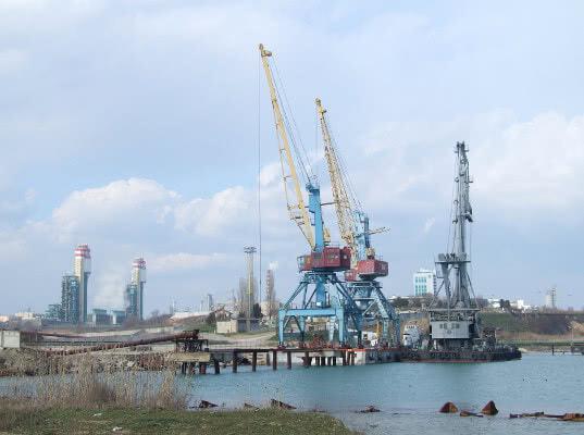 В Украине переименовали порт Южный в Пивденный - Логистика