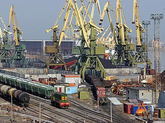 НЛМК переведет экспортные грузы из портов Прибалтики в российские, если РЖД обеспечит проезд к ним - Обзор прессы