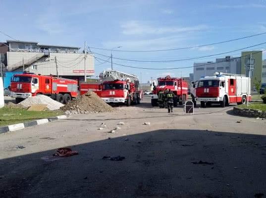 Трое человек погибли при хлопке паров топлива на АЗС в Подмосковье - Экономика и общество