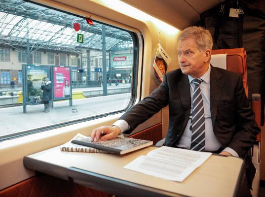 Президент Финляндии поехал на встречу с Путиным на поезде - Логистика