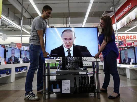 Штаб Путина отказался от федерального телеэфира для дебатов - Экономика и общество