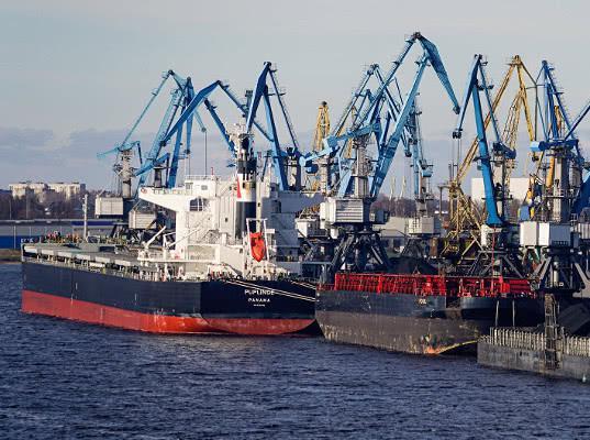 Стивидоры Рижского порта боятся лишиться российского угля
