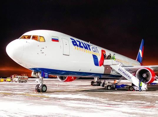 Ростуризм призвал турфирмы прекратить продажу пакетов с перевозкой AZUR air после 19 марта - Логистика