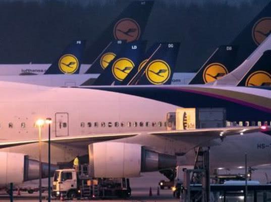 Lufthansa отменила 800 рейсов из-за забастовок сотрудников аэропортов - Логистика
