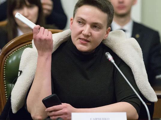 Надежду Савченко освободили из-под стражи на Украине. У нее истек срок ареста - Экономика и общество
