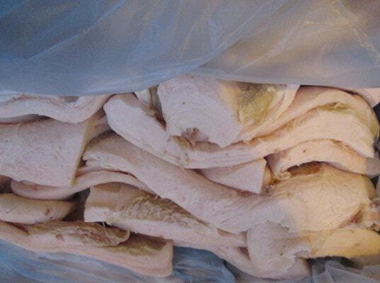 Об очередном случае обнаружения незаконно ввезенного в страну свиного шпика в морском порту Санкт-Петербурга