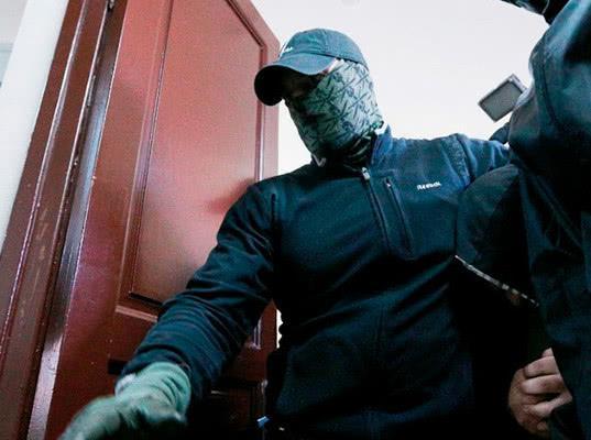 Потерпевшим по делу о налетчиках из ФСБ и ₽136 млн оказался безработный - Экономика и общество