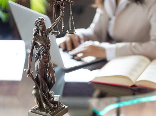 Жительница Иркутской области через суд доказала, что она жива - Экономика и общество