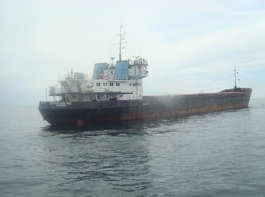 Судно с российскими моряками арестовали в Стамбуле из-за долгов собственника