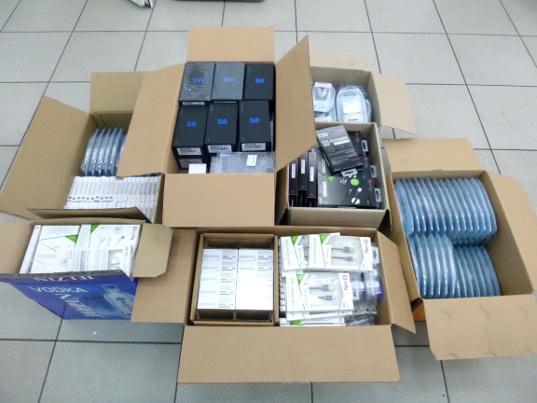 Калининградские таможенники обнаружили телефоны в «подполье» - Криминал