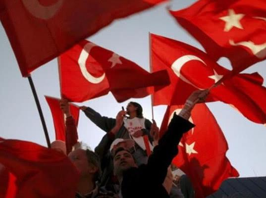 Турция поддержала ракетную атаку США и их союзников против Сирии - Экономика и общество