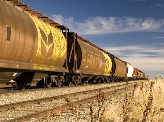 Экспортно-импортные ж/д перевозки зерна в/из портов в январе сократились на 20% - Логистика