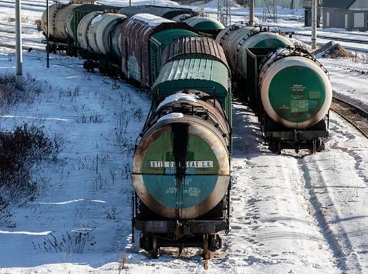 Самая северная железная дорога России подешевела почти на 40 млрд руб.