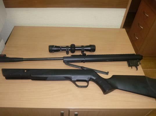 Таможенники задержали винтовки в МАПП Советск