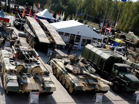 Портфель иностранных заказов на военную продукцию РФ превысил $50 млрд