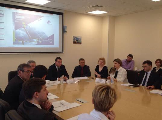 Руководство Санкт-Петербургской таможни встретилось с резидентами особо экономической зоны