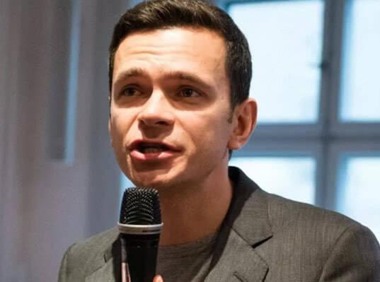 В Москве арестовали активиста «бессрочного протеста» из-за акции в поддержку Ильи Яшина - Экономика и общество