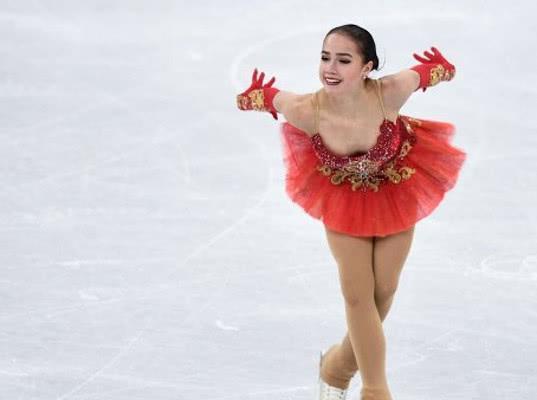 Загитова с мировым рекордом выиграла короткую программу на Олимпиаде