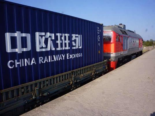 Китай будет развивать ж/д перевозки с целью компенсировать ущерб для экономики от ограничений в торговле с США
