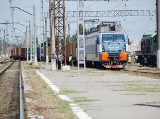 Узбекистан увеличит грузопоток в Россию и Казахстан по новой железной дороге