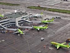 Путин поручил распространить режим свободного порта на аэропорты ДФО