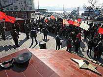 Автомобилисты спешились под знамена - Обзор прессы - TKS.RU