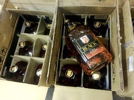 Полумиллионную партию контрабандного алкоголя задержала Дальневосточная оперативная таможня