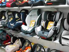 Автокресла при перевозке детей признали необязательными