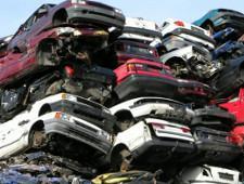 Дворкович рассказал о росте утилизационного сбора с автомобилей