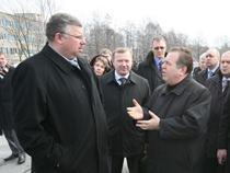 Глава ФТС готов сесть за стол переговоров с руководством ЗАО Автотор - Новости таможни - TKS.RU