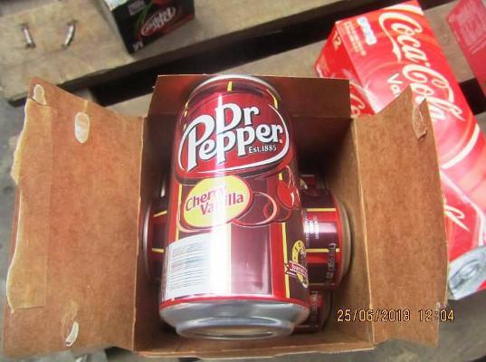 Балтийская таможня задержала более 122 тысяч контрафактных товаров  Dr. Pepper  и RED BULL - Криминал