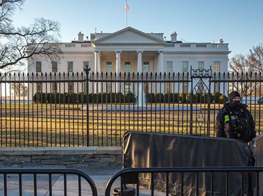 Белый дом пообещал продолжить жесткую политику в отношении Москвы - Экономика и общество