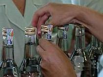 Импортному алкоголю отпечатали марки - Новости таможни