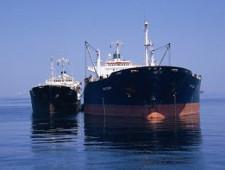 Обзор судебной практики по вопросу декларирования бункерного топлива, перемещаемого в качестве припасов водными судами через таможенную границу Евразийского экономического союза
