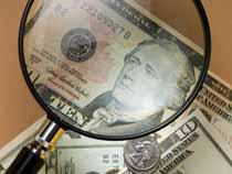 100 тысяч долларов в портфеле задержали владивостокские таможенники - Криминал
