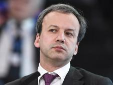 Порог беспошлинной интернет-торговли надо снизить, считает Дворкович